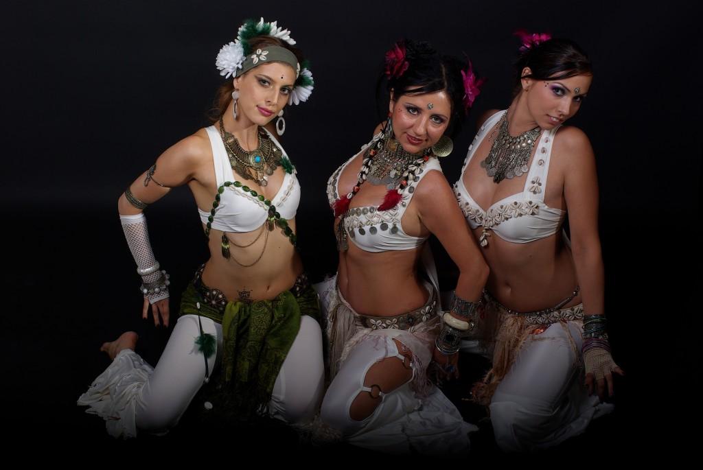 Fusionwave Dance Company, hölgyszekció. 2009.